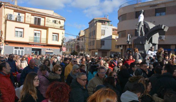 Manifestación histórica en Andorra por el Futuro de la provincia