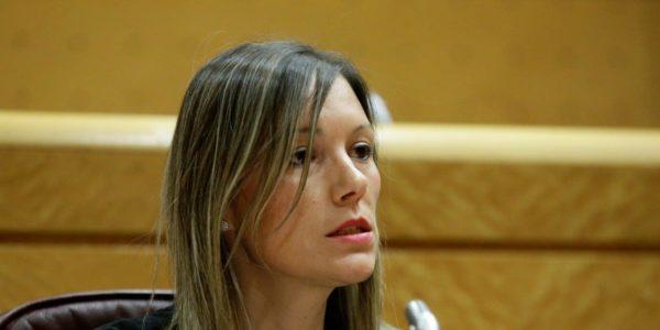 La ministra de Igualdad recibe en el Senado las demandas de las mujeres del Pacto por la reconstrucción de Teruel