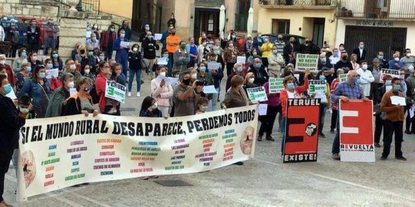 La oficina del CAISS de Montalbán vuelve al 100% gracias a la constancia en la reivindicación de la ciudadanía