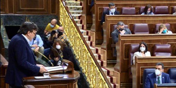 Guitarte pide a Sánchez evitar desplazamientos de los mayores para vacunarse  y destaca la angustia del turismo, hostelería y comercio en las provincias despobladas