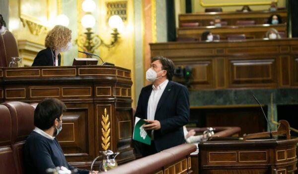 Teruel Existe pide en el Congreso coordinación y apoyo económico a las diputaciones provinciales para el servicio de bomberos