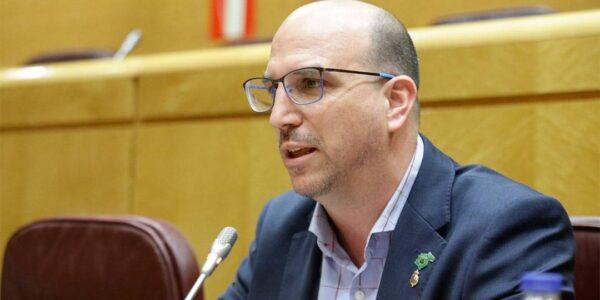 Teruel Existe pide en el Senado desarrollar plataformas educativas basadas en Inteligencia Artificial para la escuela rural
