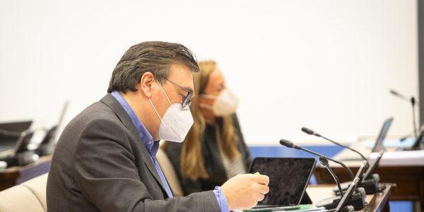 Teruel Existe consigue incorporar la problemática de la implantación de renovables en la Ley del Cambio climático
