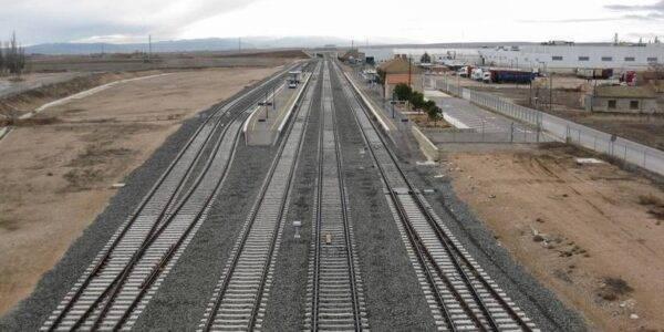 La Autoridad Portuaria de Valencia traslada a Teruel Existe que financiará el apartadero ferroviario de Cella