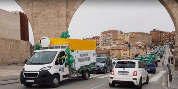 Cientos de turolenses en la manifestación por la avalancha de renovables de Teruel Existe reclaman respeto, control y un canon
