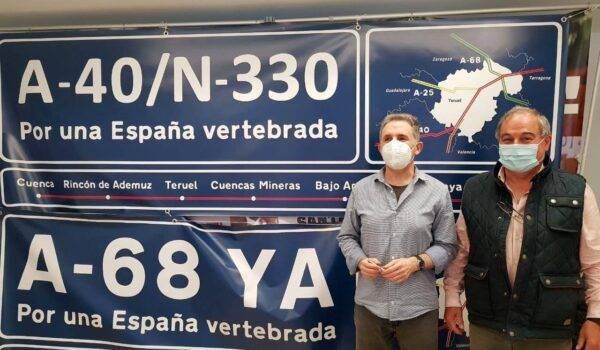 Teruel Existe propone a 188 pueblos de siete provincias que se llenen de pancartas para reivindicar las autovías prometidas