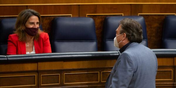 Teruel Existe apoya un proyecto de Ley para los interinos más justo y pide en el mercado eléctrico transparencia y competencia